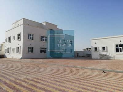 فلیٹ 3 غرف نوم للايجار في الشامخة، أبوظبي - BRAND NEW 3 BEDROOMS HALL  WITH PRIVATE ENTRANCE