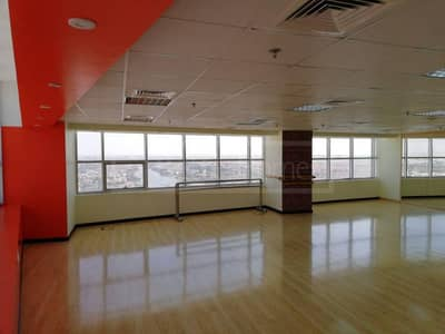 12 cheques fitted offices for rent in Mazaya Avenue