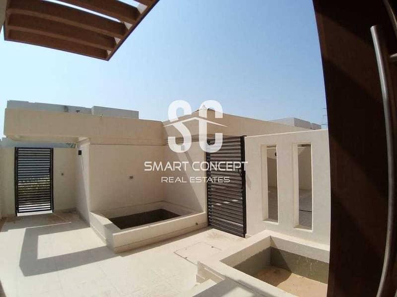 12 Vacant   Family-friendly Villa   Modern Finishing