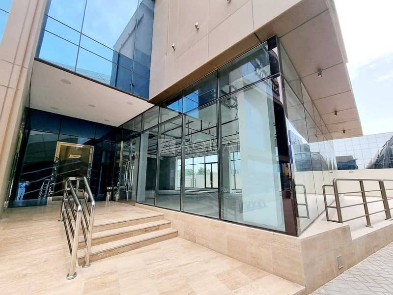 Showroom for Rent   Along Sheik Zayed Road