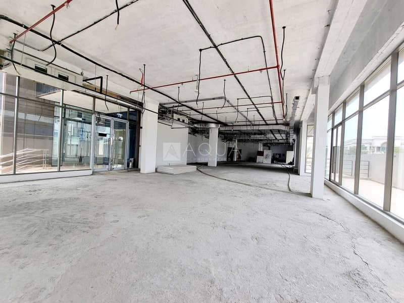 11 Showroom for Rent   Along Sheik Zayed Road