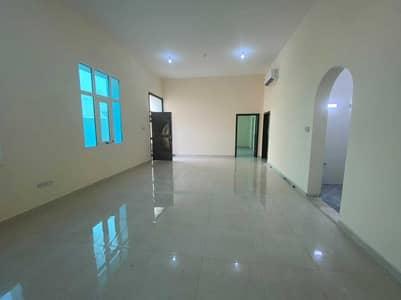 2 Bedroom Townhouse for Rent in Al Shamkha, Abu Dhabi - Brand New 2 Bedrooms, Hall, 3 Bathrooms Townhouse (Mulhaq) at Al Shamkha