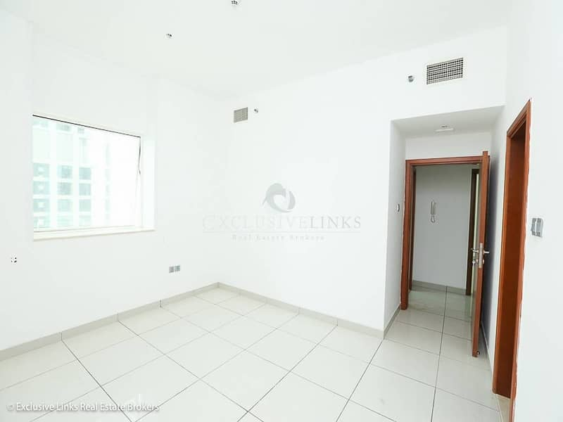 2 High ROI! One Bedroom Hall with Sea View