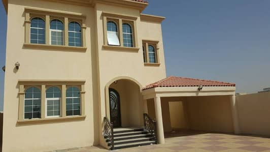 5 Bh VILLA FOR RENT BRAND NEW