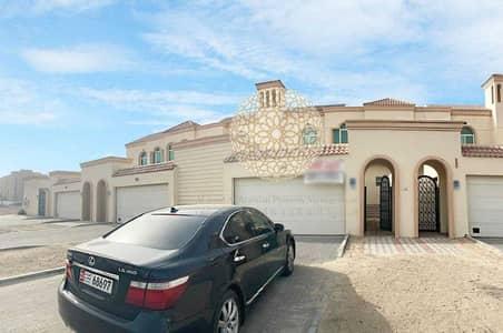 4 Bedroom Villa for Rent in Mohammed Bin Zayed City, Abu Dhabi - HIQH QUALITY 4 BEDROOM  SEMI INDEPENDENT VILLA FOR A SWEET FAMILY FOR RENT IN MOHAMMED BIN ZAYED CITY