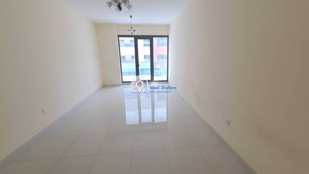 LUXURY NEW BUILDING 2 BEDROOMS WITH STORE GYM POOL PARKING