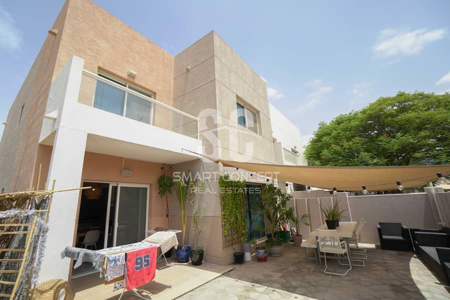 12 Well-maintained Villa Perfect For The Family