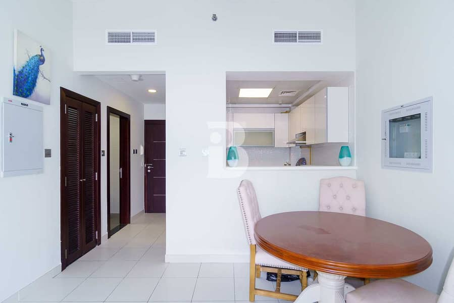 Higher floor apt | Fully Furnished| Studio city
