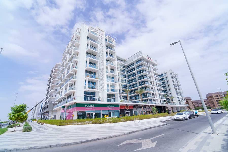 21 Higher floor apt | Fully Furnished| Studio city
