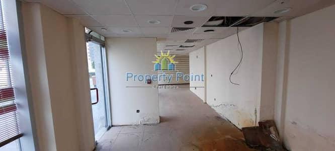 محل تجاري  للايجار في شارع ليوا، أبوظبي - 100 SQM Shop for RENT   Ground + Mezzanine   Great Location for Business   Liwa Street