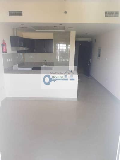 Studio for Rent in Dubai Sports City, Dubai - BEST OFFER : HUGE STUDIO WITH BIG BALCONY : ONLY 18K