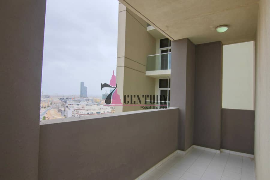 12 1 BR Apt   Fully Furnished   Comfortable Lifestyle