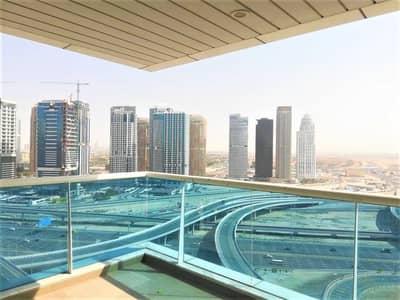 2 Bedroom Flat for Sale in Dubai Marina, Dubai - Large Corner apartment with maids room for sale