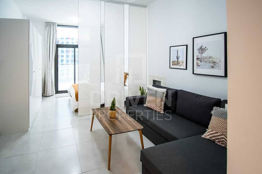 2 Hot Deal | Modern and Stylish | Close to Mall