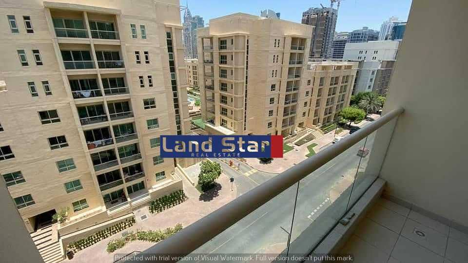 Well-kept Unit    Furnished  1BHK    Chiller Free