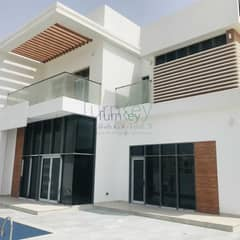 Modern 4 BR Villas With Pool I Vacant