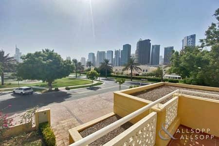 4 Bedroom Villa for Sale in The Meadows, Dubai - Exclusive | 4 Bedrooms | Premium Location