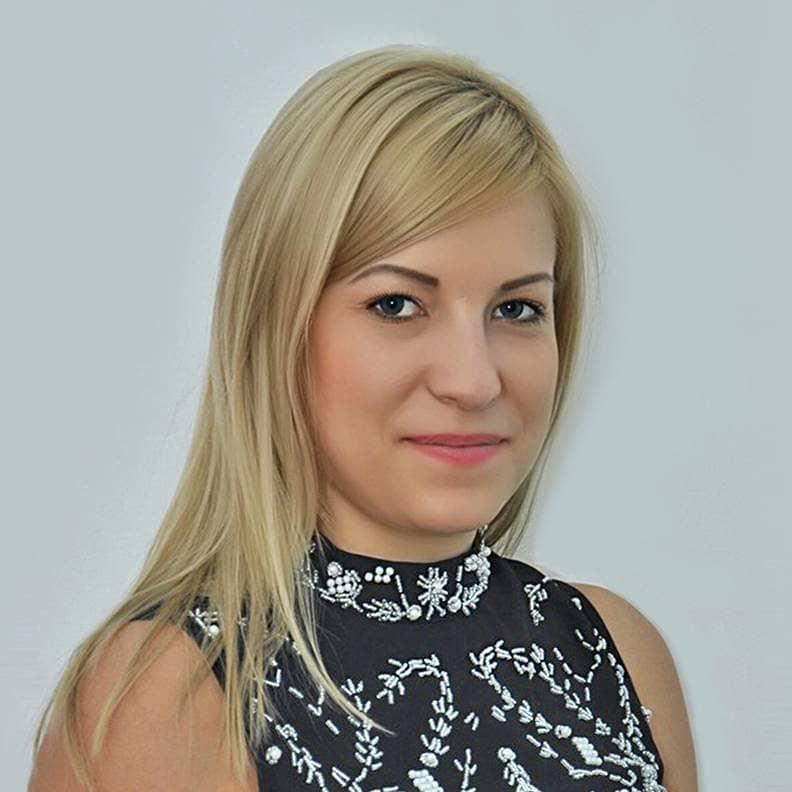 Anna Zavarzina