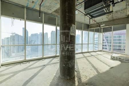 مکتب  للبيع في الخليج التجاري، دبي - Office Space for Sale in Prime Location