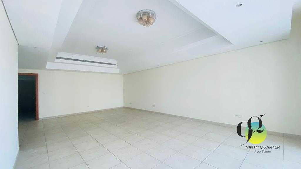Large 2bed+Maid's