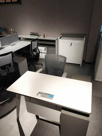Office for Rent in Sheikh Zayed Road, Dubai - SHARING / FLEXI OFFICE SPACE WITH  DED APPROVED TENANCY CONTRACT
