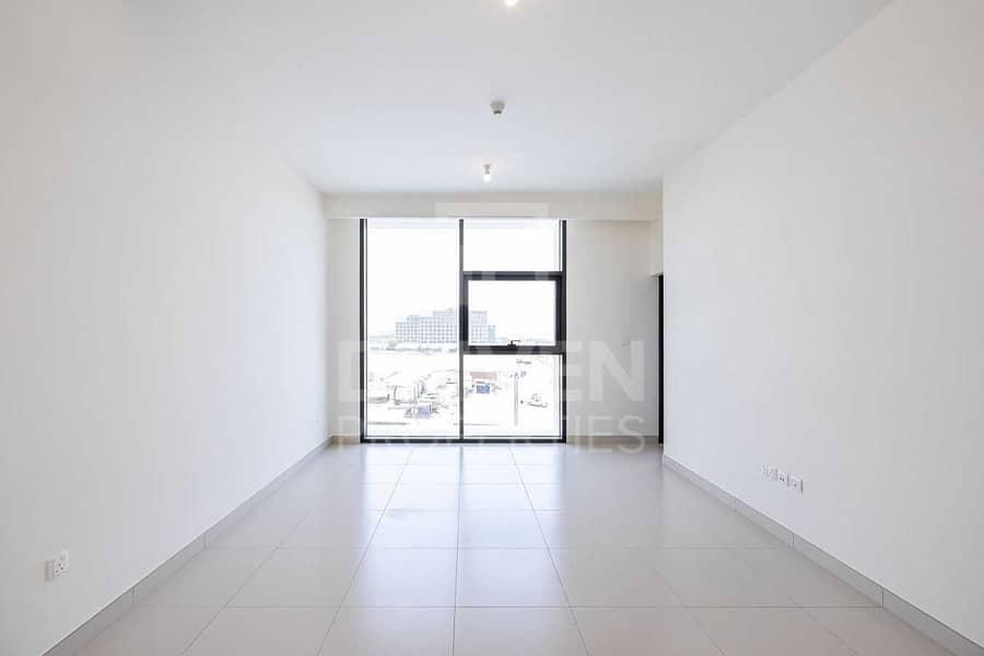 Tenanted   Genuine Resale Apt   Low Floor