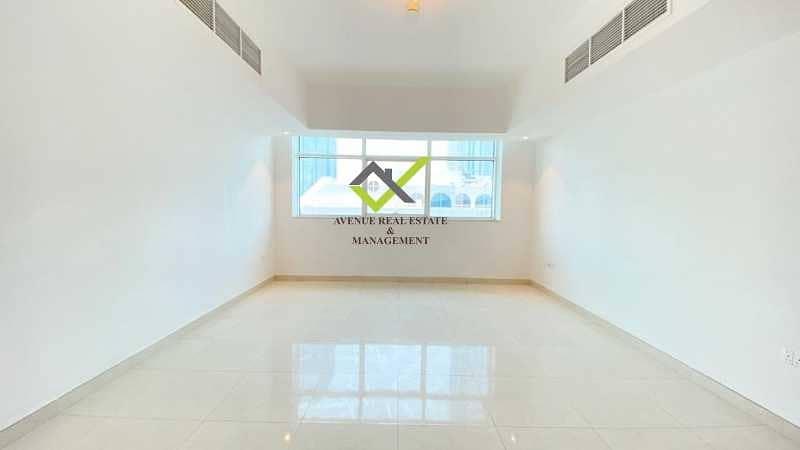 شقة في شارع الشيخ خليفة بن زايد 2 غرف 63000 درهم - 5286689