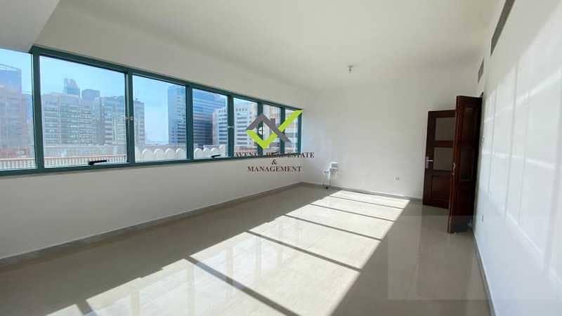 شقة في شارع الشيخ خليفة بن زايد 2 غرف 55000 درهم - 5286688