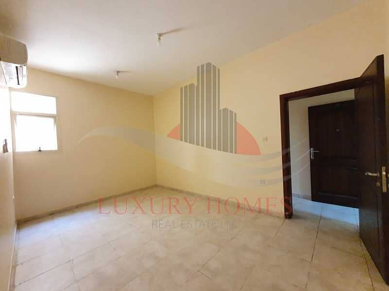 2 Ground Floor Apt with Spacious Rooms