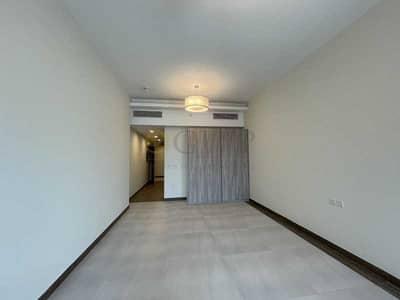 Studio for Rent in Business Bay, Dubai - Prime Location Studio with Balcony in Business Ba