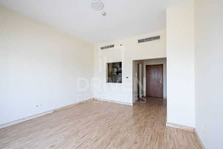 1 Bedroom Apartment for Rent in Jumeirah Village Circle (JVC), Dubai - Ready to move in and Well-kept Apartment