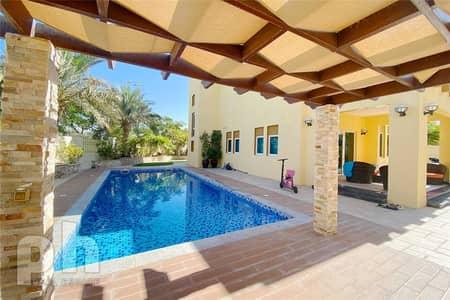 3 Bedroom Villa for Rent in Jumeirah Park, Dubai - Corner Unit | Private Pool |  3 Bedrooms