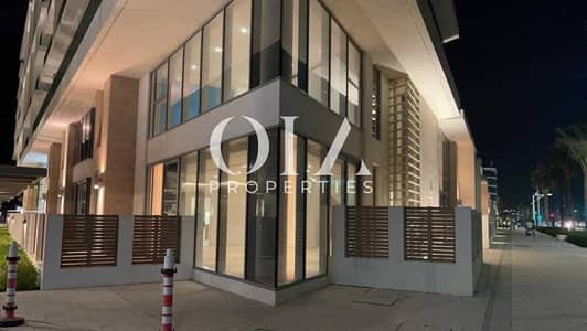 2 Bedroom Townhouse for Rent in Saadiyat Island, Abu Dhabi - Brand New | Luxurious Townhouse 2 BR +Maid | Unique Layout