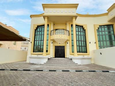 6 Bedroom Villa for Rent in Khalifa City A, Abu Dhabi - SHINING MARVELOUS SEMI INDEPENDENT VILLA WITH 6 MASTER BEDROOM AND DRIVER ROOM FOR RENT IN KHALIFA CITY A