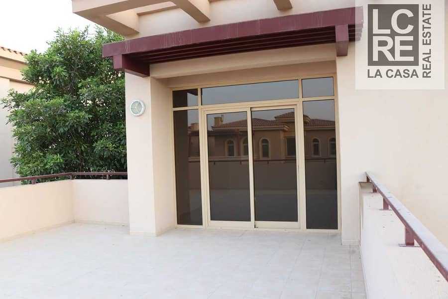 10 Well Maintained Villa I 4BR with Pool I Extraordinary