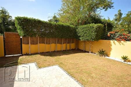 Furnished/unfurnished villa, Opposite Pool