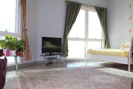 FURNISHED STUDIO FOR RENT INFRONT OF DIC METRO STATION, MADISON RESIDENCY
