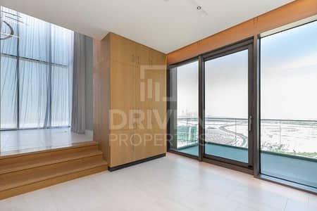 Large type   Luxurious unit   High Floor