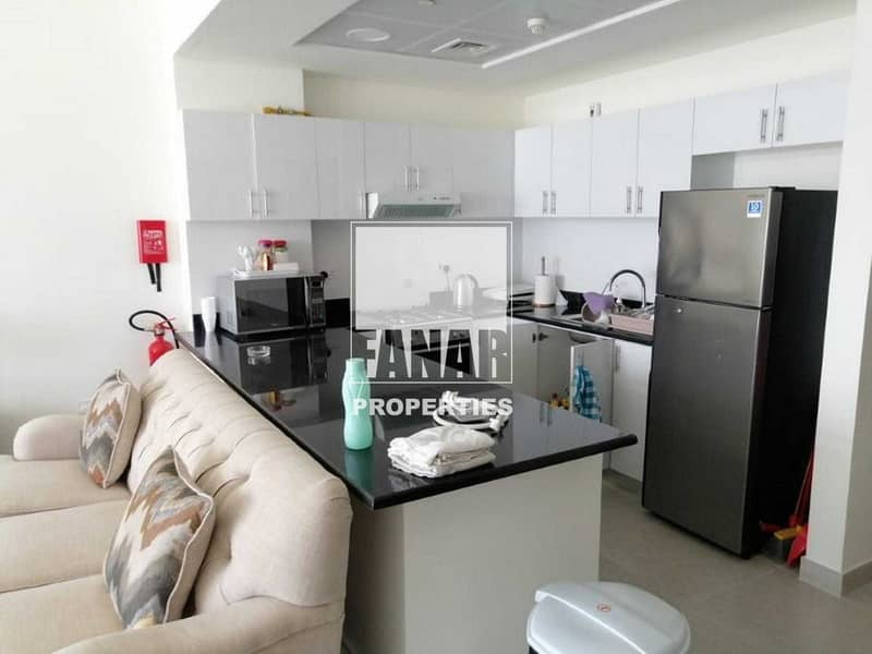 2 Fully Furnished Vacant Apartment with Balcony
