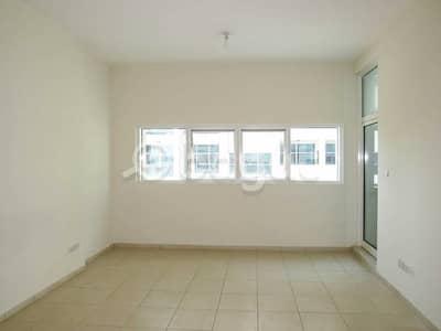 شقة 2 غرفة نوم للبيع في الصوان، عجمان - صالة رائعة من غرفتي نوم للبيع في أبراج عجمان ون.