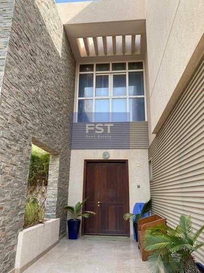 فیلا 6 غرف نوم للايجار في واحة دبي للسيليكون، دبي - Huge 6 Bed Villa l Gold Contract l 02 Pergolas