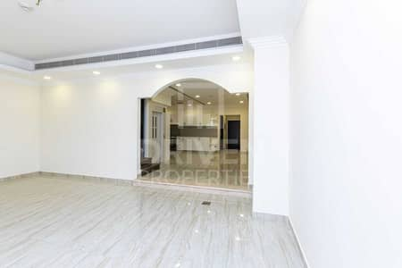 تاون هاوس 4 غرف نوم للبيع في قرية جميرا الدائرية، دبي - Private Elevator | Spacious | Great Deal