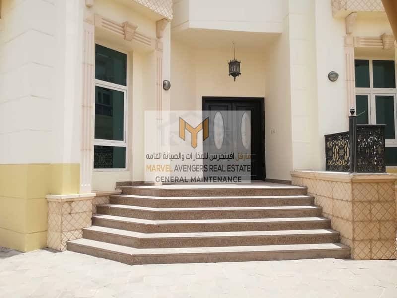 Spacious 5 bedroom villa with Special discount