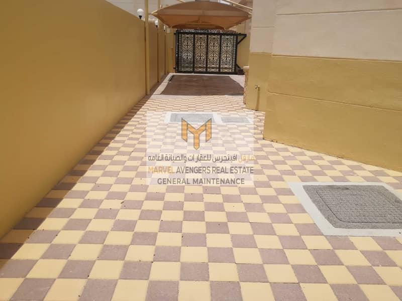 2 Spacious 5 bedroom villa with Special discount