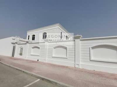 فیلا 5 غرف نوم للايجار في الصفوح، دبي - Brand new 5 bed villa on giant plot with pool