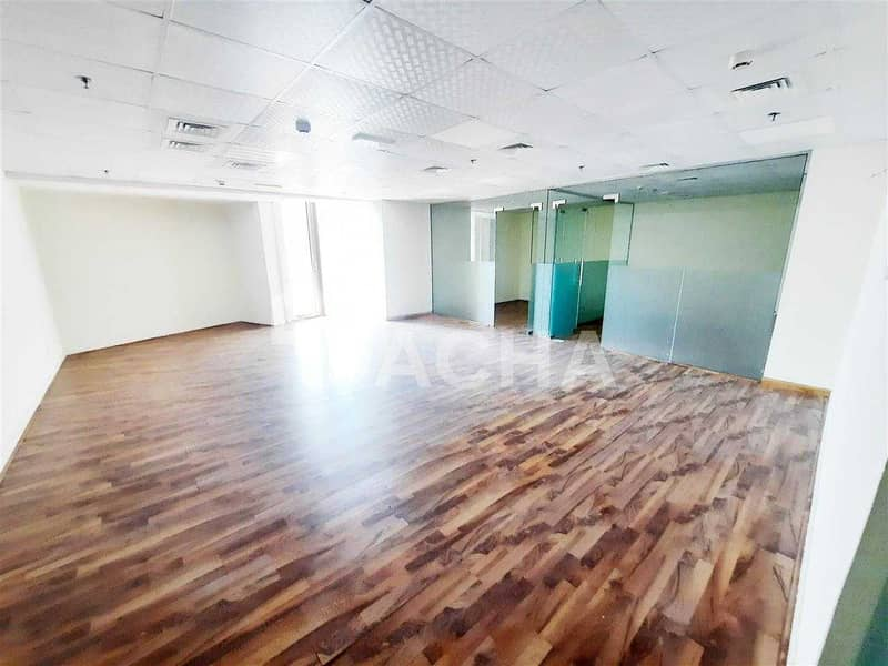 2 Exclusive Brand New Office / 2 partitions  / Near Metro