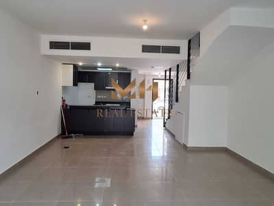 فیلا 4 غرف نوم للايجار في الريف، أبوظبي - Spacious 4BHK  with Balcony | Ready to move in