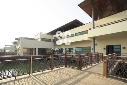 5 Bedroom Villa for Sale in Al Gurm, Abu Dhabi - Private Pool  and Garden   Waterfront Living   Exclusive