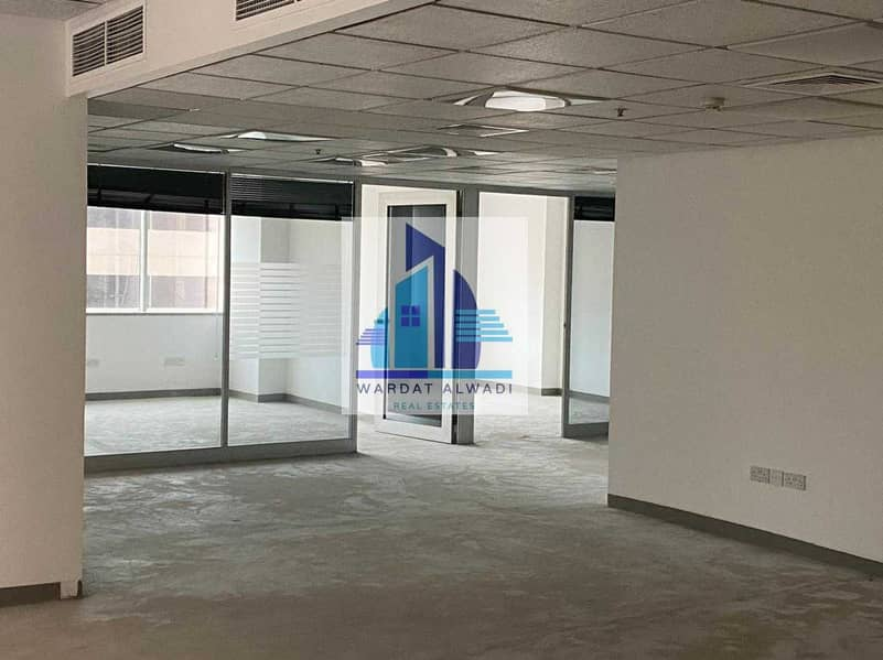 10 AN1) Beautiful Partitions office for rent in Sheikh Zayed Road
