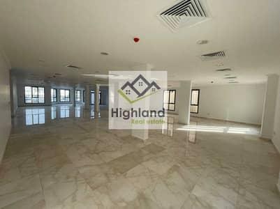 Villa for Rent in Al Nahyan, Abu Dhabi - Grand and Executive Commercial Villa for rent in Al Nahyan